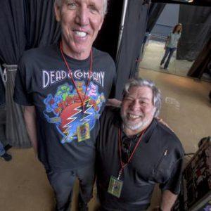 Bill Walton and Woz: photo credit Jay Blakesberg